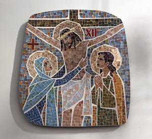 Station XII: Jesus dör på korset