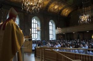 Biskopen och konfirmation